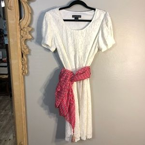 Beautiful Jessica Howard Creamy Lace Dress! Very